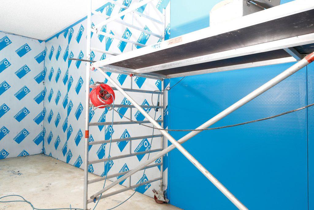 Behältersanierung mit PE-Betonschutzplatten für Trinkwasserbehälter